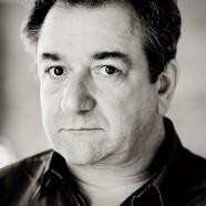 r Headshot of Ken Stott by Pete Bartlett