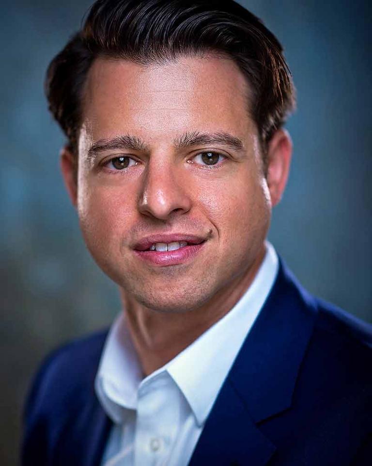 Business Corporate Headshots by Pete Bartlett